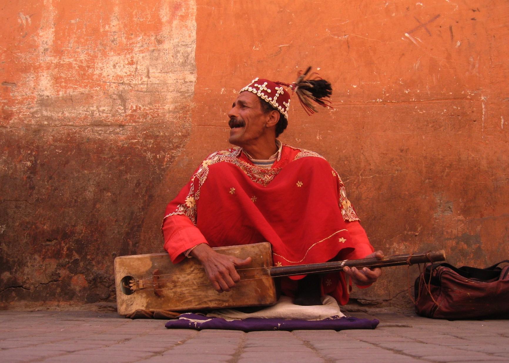 Guimbri_player,_Marrakech