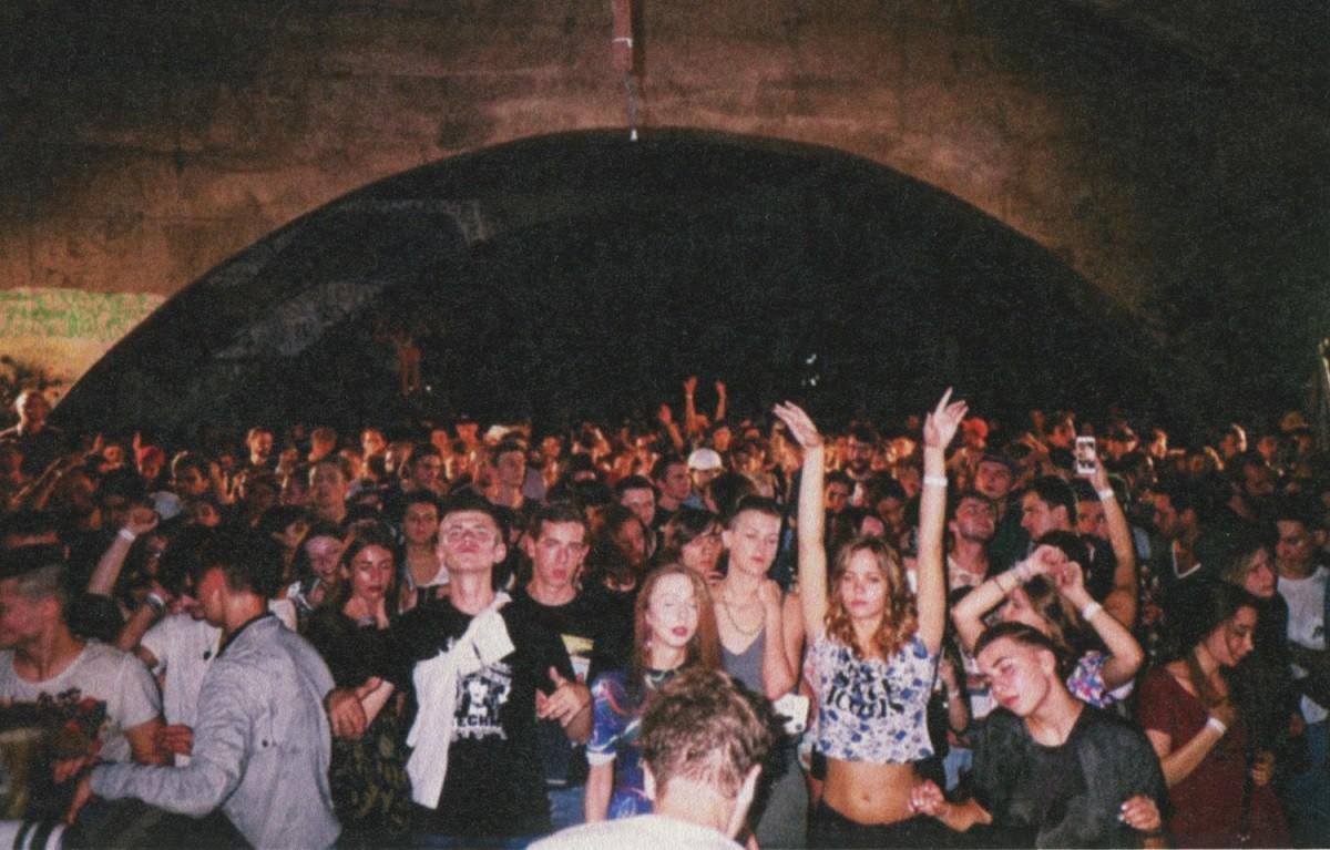 rave3
