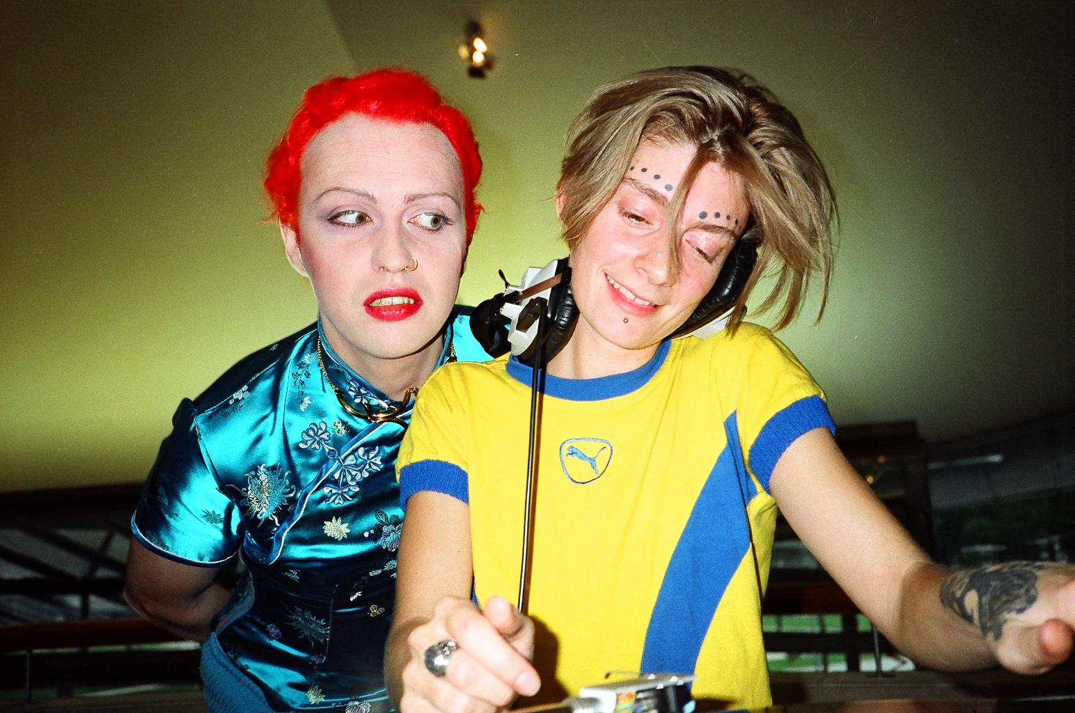 Sextoy & la Bourette (FR), American Center, Paris, 1995 00990042 Olivier Degorce - Plastic Dreams - Headbangers Publishing