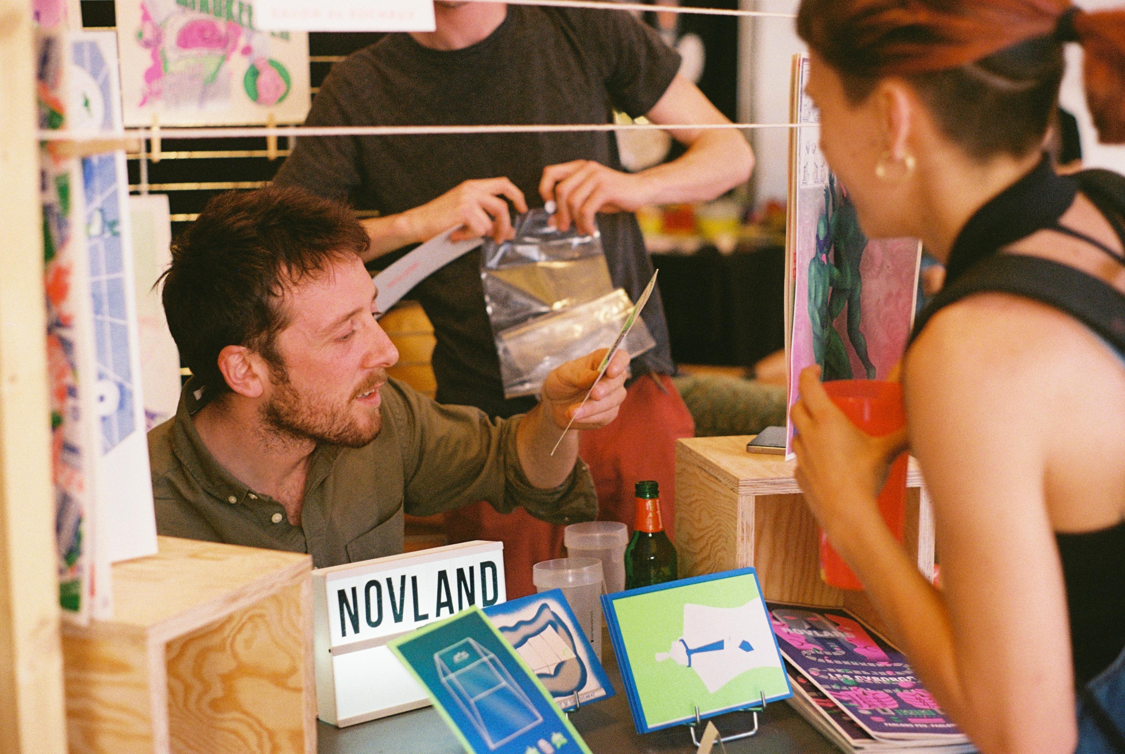 Le festival avait aussi invité six artistes graphiques présents sur le site